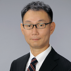 坪田誠治コンサルタント